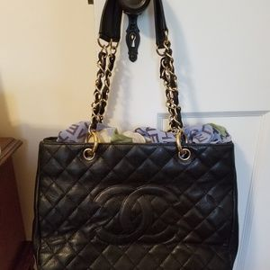 CHANEL Bags - CHANEL Large Tote